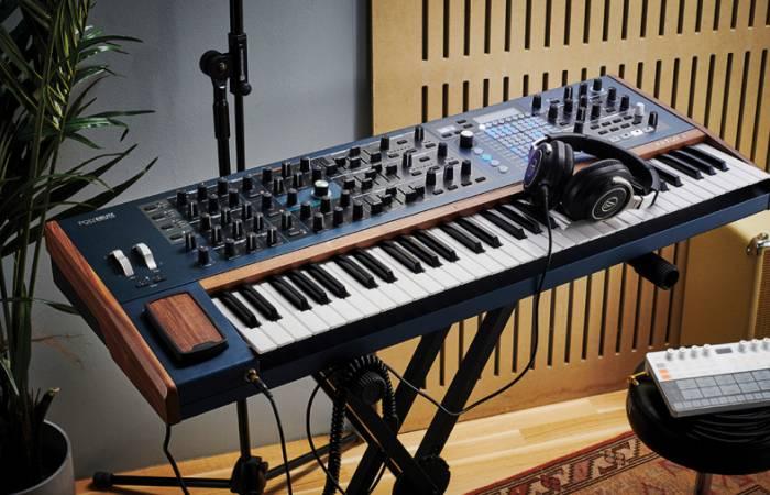 Arturia представила свой первый настоящий полифонический аналоговый матричный синтезатор PolyBrute.