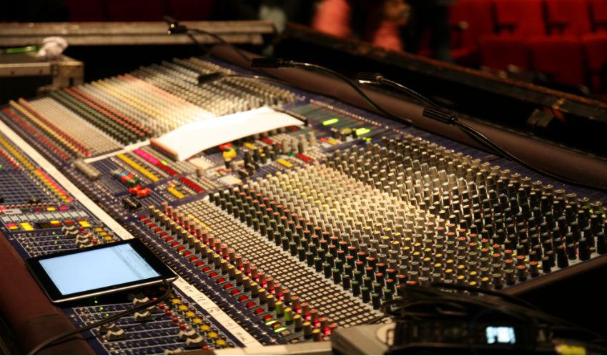 Скачать программы аудиостудии и микшеры