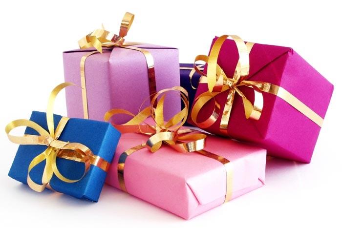 Какие подарки не стоит делать чужим детям.